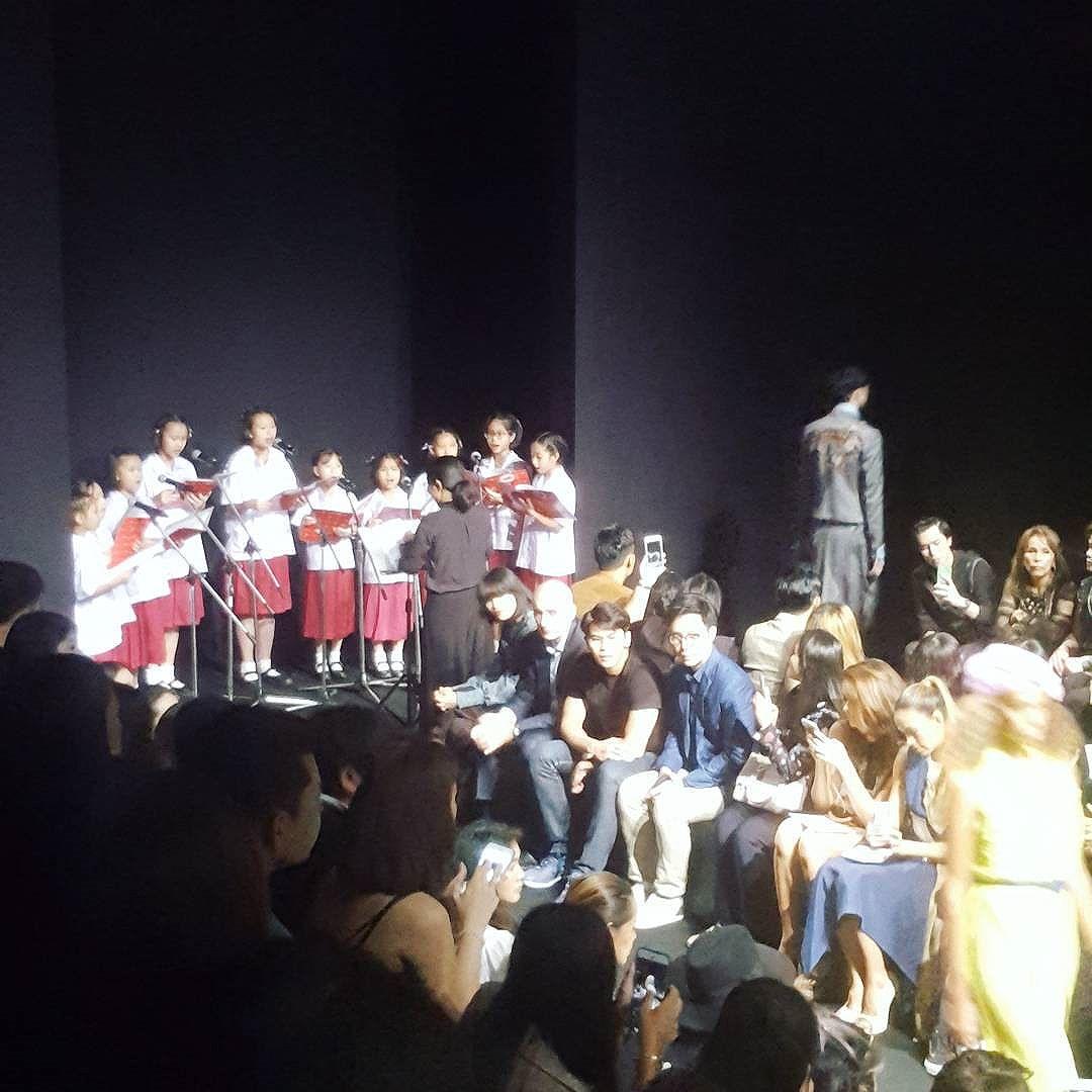 #ellefashionweek2017 #theatre